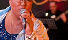 Nyárnyitó klubkoncert Falusi Mariannal