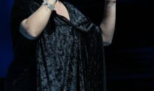Szulák Andrea karácsonyi koncertje a Budafoki Dohnányi Zenekarral