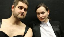 Semleges nemek: Scallabouche Theatre