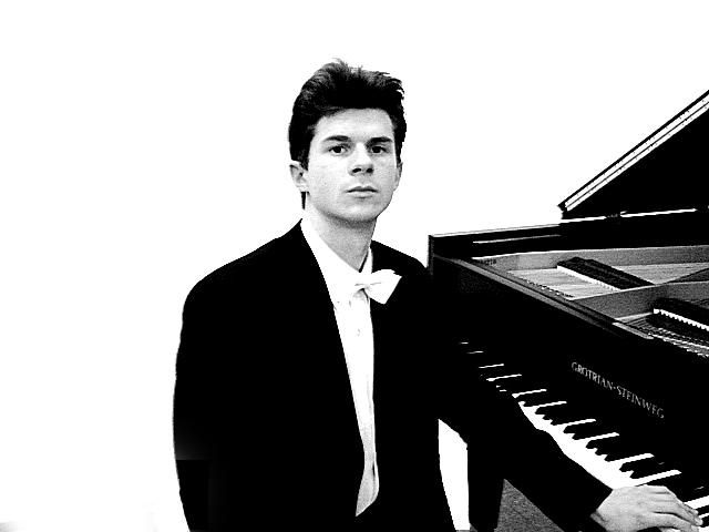 Liszt Múzeum - Matinékoncert: Roman Salyutov (zongora)