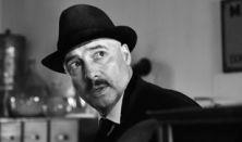 1945 – Film a hangok felől