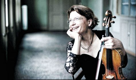 Beethoven / Takemitsu / Beethoven ( Concerto Budapest & Antje Weithaas )