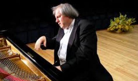 Grigory Sokolov zongoraestje