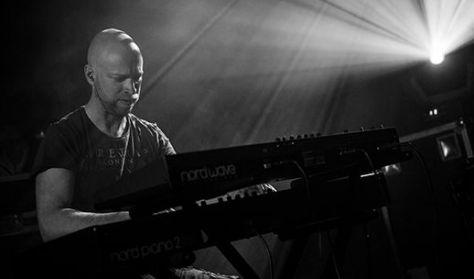 Kaltenecker Zsolt: Solo Electric Keyboard Music