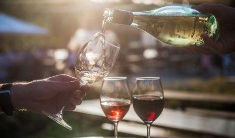 Folyékony csók - borest fiatal borászok friss boraival