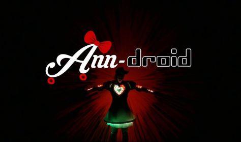 Ann-droid - Egy robotlány karácsonya / SÁTOR