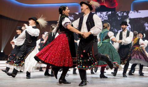 FÖLSZÁLOTT A PÁVA GÁLA  Magyar Kultúra Napja