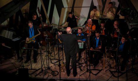 MAO Plays The Music Of Quincy Jones