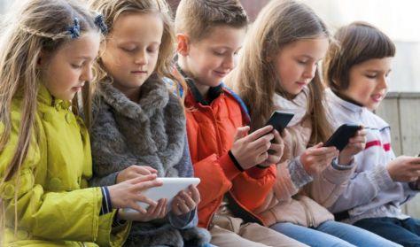 Ki áll a gép mögött? A mobiltelefon- és a számítógép-használat élettani hatásai