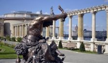 The treasure chest of Budapest – a walk in the Castle Garden