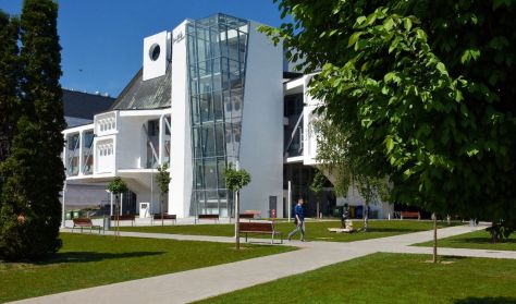 Váci Mihály Kulturális Központ