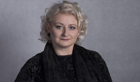 Varga  Éva