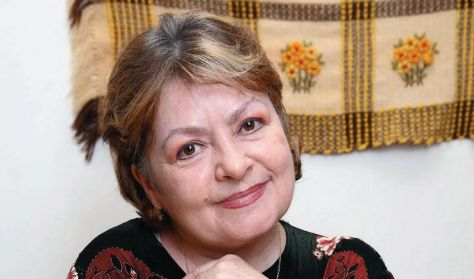 Varsányi Mari