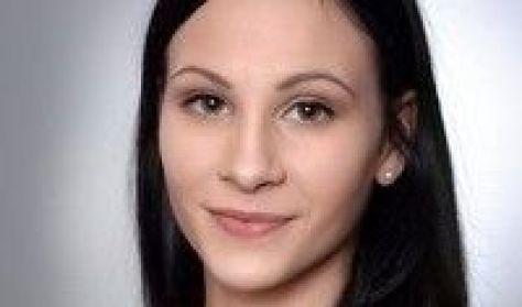 Novák Laura