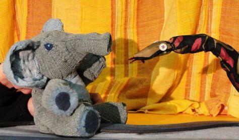 A kíváncsi kiselefánt
