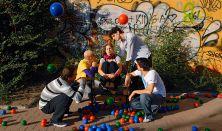 KoMa Társulat-Orlai Produkció: Kisded játékok