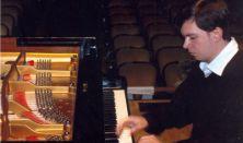 Junior Prima Díjasok hangv. 5.Lajkó István  zongoraestje, Bartók, Rahmanyinov, George Crumb