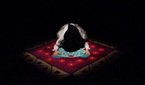 A szőnyeg - Élőkép Társulat