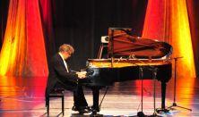 Hegedűs Endre Zenekari Zongoraestje, Dohnányi Zenekar, Vez. Werner Gábor, Schumann, Brahms