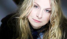 Hangfestők | Szirtes Edina