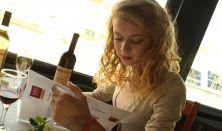 Esti hajózás borkóstolással és élőzenével a Dunán/Wine Tasting&Cruise with live music