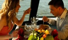 Hajókázás a Dunán svédasztalos ebéddel