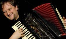 Orosz Zoltán és Barátai | Fergeteges újévi örömkoncert világhírű virtuózokkal