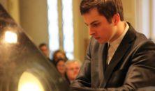 Medgyesi Zsolt zongorahangversenye