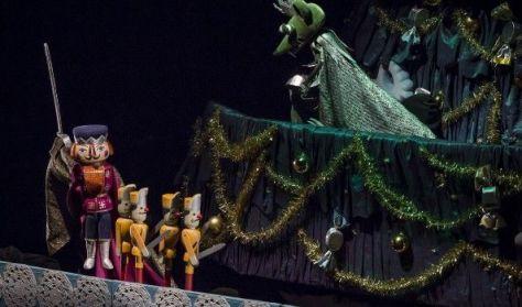 Csajkovszkij: A diótörő – óriásbábokkal
