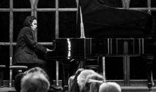 Junior Prima Díjasok hangversenysorozata 2. Vörös Szilvia (ének) és Váradi László (zongora)