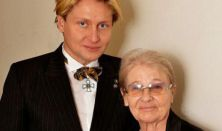 VARNUS XAVER ÉS TÖRŐCSIK MARI: BACH és PILINSZKY - Közreműködik a Talamba Ütőegyüttes