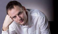 Cefre Palota - Bödőcs Tibor önálló estje, műsorvezető: Hajdú Balázs