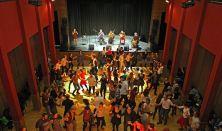 3. Tázló klub és táncház