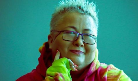 Az Éless-Szín vendége: Falusi Mariann