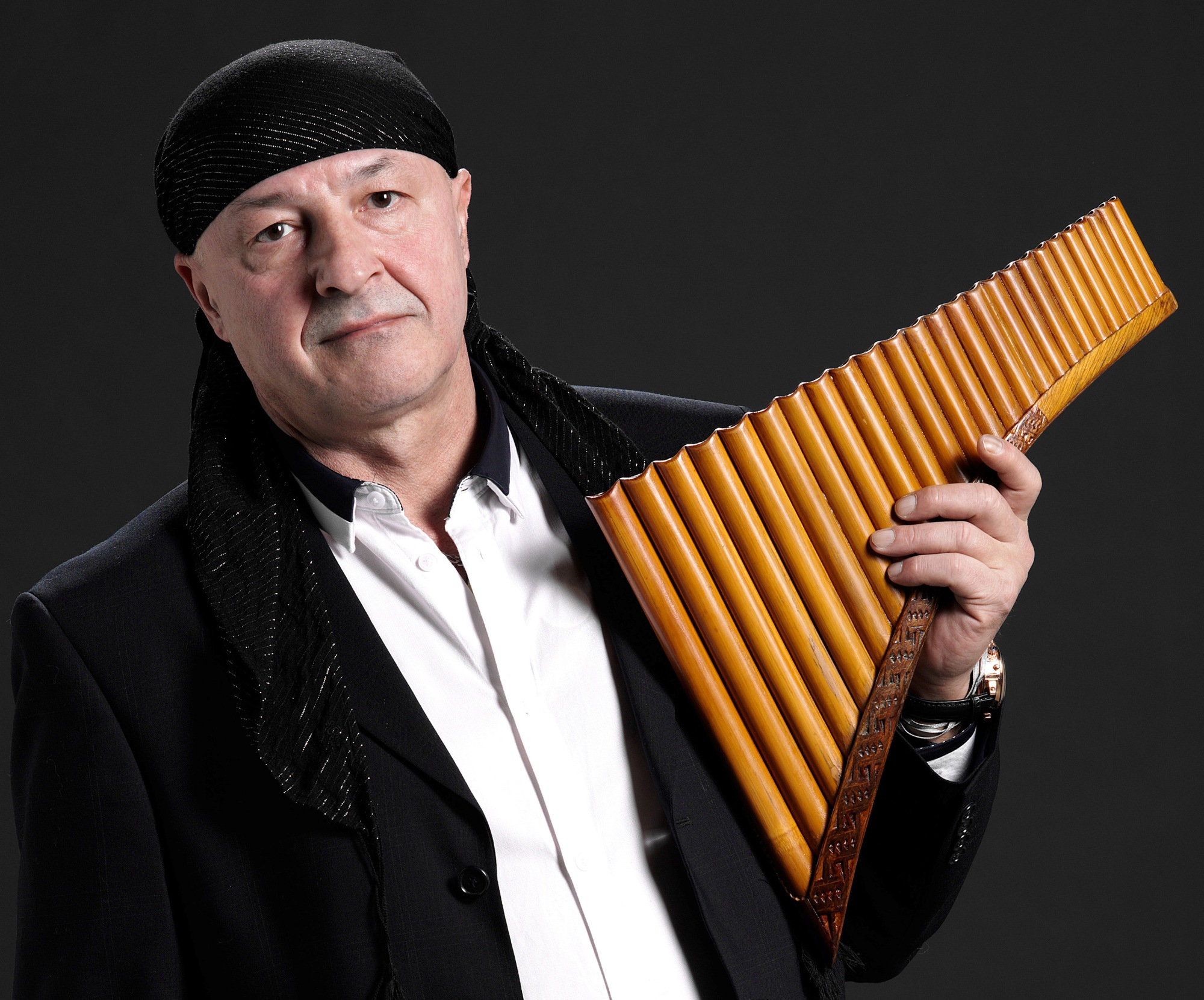 """ADVENTRE HANGOLVA"" - Kegye János ünnepi pánsíp koncertje"