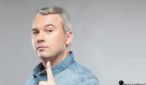 Beliczai Balázs, Dombóvári István, műsorvezető: Szobácsi Gergő