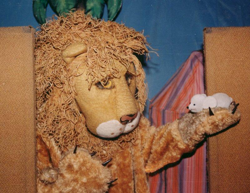 Az oroszlán és a kisegér barátsága