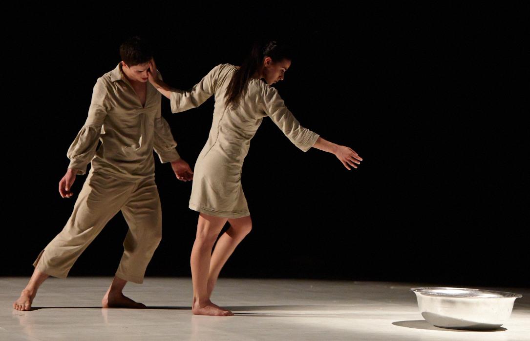 Horda - Közép-Európa Táncszínház - Sissi Őszi Tánchét