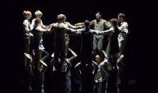 Compagnie XY (FR): Mégsincs este (Il n'est pas encore minuit…)