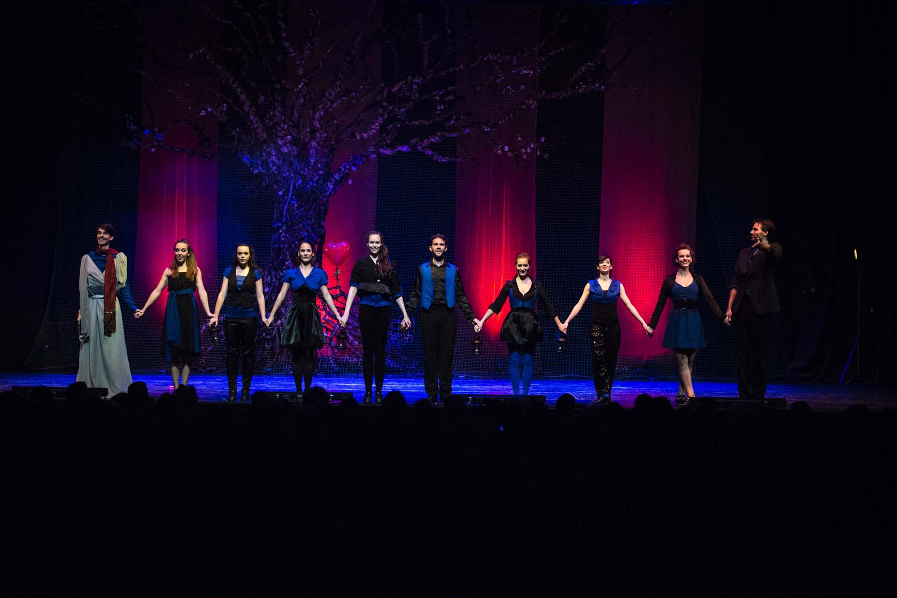 Szentivánéji Álom - a Coincidance táncegyüttes előadásában