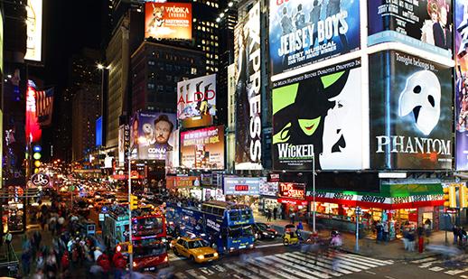 A Szent Efrém Férfikar bemutatja: New York, New York III.