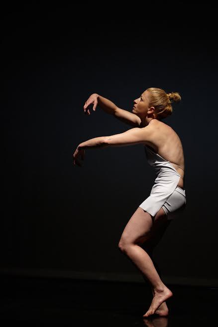 Meztelen Hold  koreai-magyar kortárs tánc koprodukció