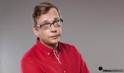 Kőhalmi Zoltán, Felméri Péter, műsorvezető: Szobácsi Gergő