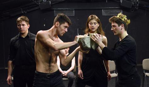 Szophoklész: ANTIGONÉ - Karsai György beavató színháza
