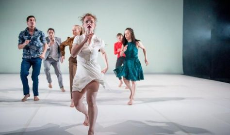 Double Bill - Anton Lachky / Botis Seva koreográfiái - Scottish Dance Theatre