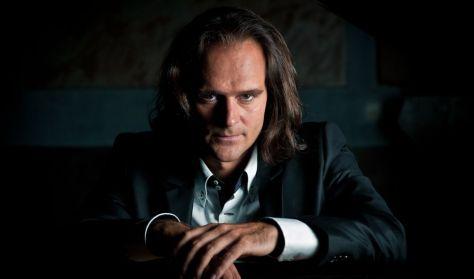 Bogányi Gergely zongoraestje