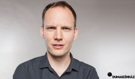 Nincs idő gólörömre: Bödöcs Tibor önálló estje Hódmezővásárhelyen
