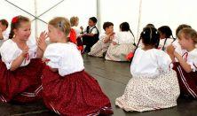 Táncolda (gyermek táncház) Pálfi-Cseri Anikó vezetésével