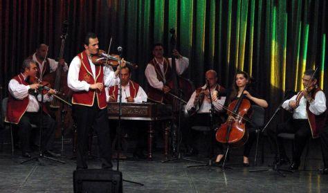 Operett és magyar nóta est - zenés színpadi előadás