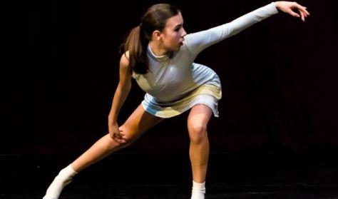 Táncoló gondolatok - Győri Tánc- és Képzőművészeti Szakgimnázium - Sissi Őszi Tánchét
